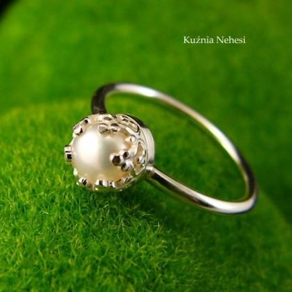 Pierścień Lea- Perła Srebro