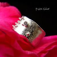Pierścień – Gaia – Srebro Granat