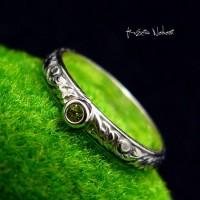 Pierścień z Oliwinem – Oliwin Srebro