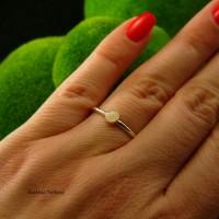 Pierścień Drobinek - Opal Etiopski Srebro 4mm