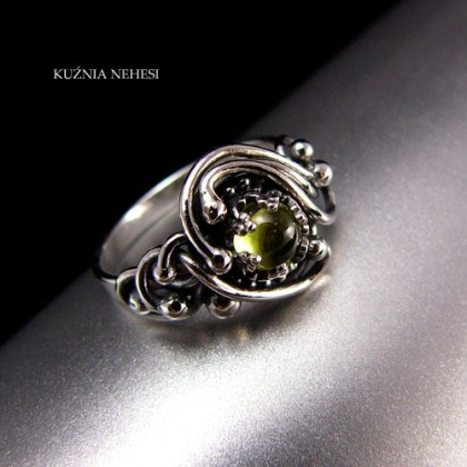 Pierścień Ireth – Srebro Oliwin