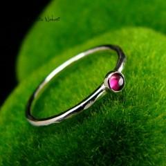 Pierścień Drobinek - Granat Srebro